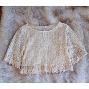 Alya lace crop top